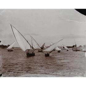 Voiliers arabes dans le Nil (Arab Sailboats on the Nile)